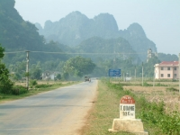 North-East Vietnam 4WD Adventure Tour Travel HaGiang - MeoVac - BacMe - CaoBang - LangSon